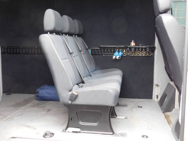 Camping Rv Sprinter Revolution